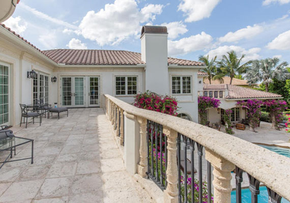 2722 Sheltingham Drive Palm Beach $7.9M