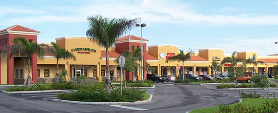 Lakes on the Green shopping center near Hialeah