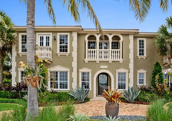 2881 South Flagler Drive Palm Beach | $3.7M