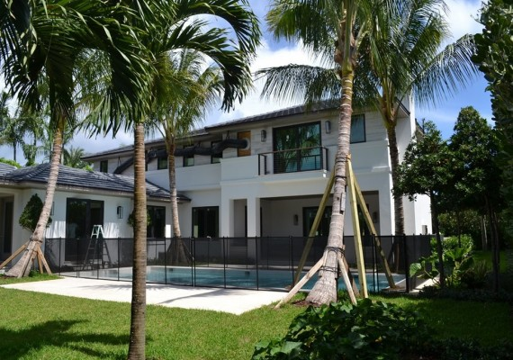 325 Garden Road Palm Beach $7.4M