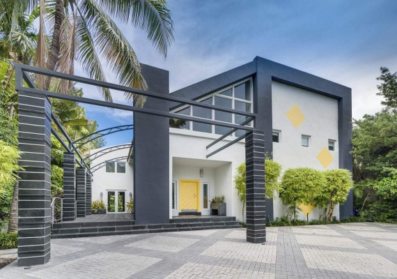1833 West 24th Street in Miami Beach