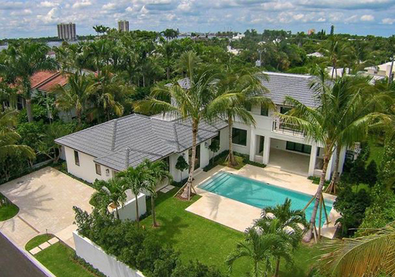 325 Garden Road in Palm Beach