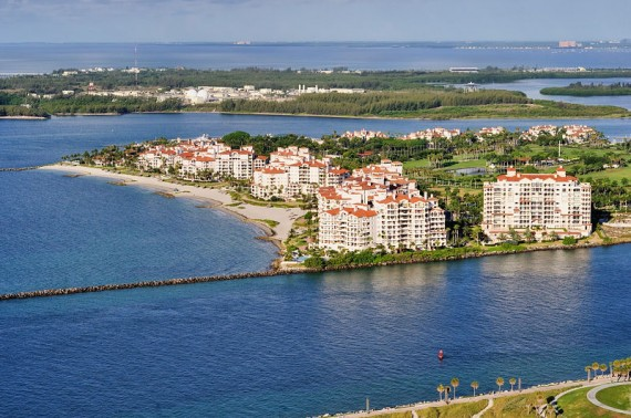 An aerial view of Fisher Island, Miami's most expensive place to rent (Credit: CreativeCommons user Alexf)