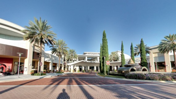 The Downtown at the Gardens shopping center in Palm Beach Gardens