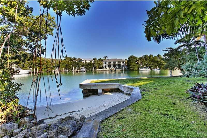645 Sunset Circle in Key Biscayne
