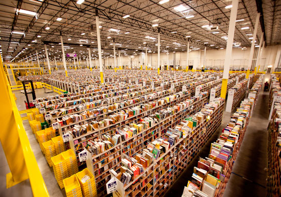 An Amazon warehouse (Credit: Scott Lewis)