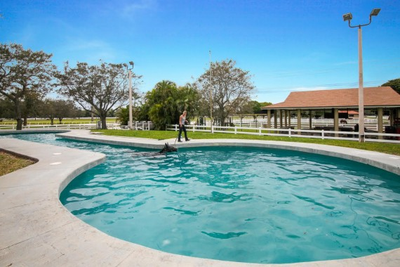 Circle S equestrian estate in Southwest Ranches