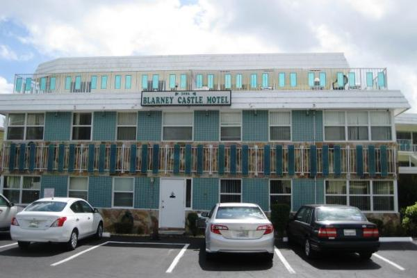 The Blarney Castle Motel at 3086 Harbor Drive in Fort Lauderdale (Source: Wikimapia.org)
