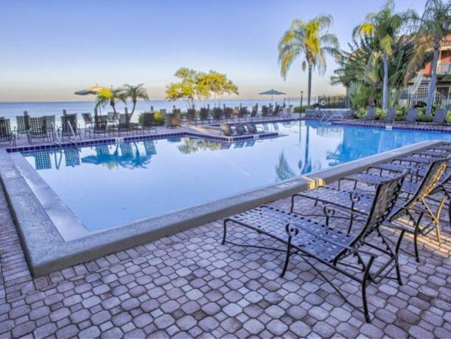 The Cove Apartments 4003 S Westshore Blvd Tampa
