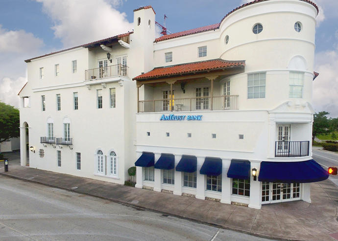 AmTrust office building at 2701 Ponce de Leon in Coral Gables