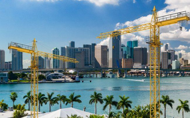 Construction in South Florida fell for the second straight month (Credit: iStock)