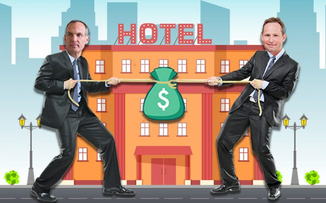 Booking.com CEO Glenn Fogel and Expedia CEO Mark Okerstrom (Credit: iStock)