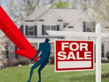 Mortgage rates are still falling (Credit: iStock)