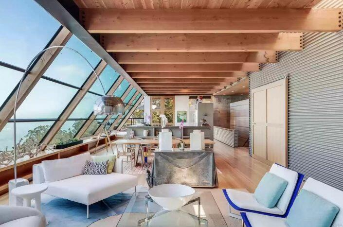 The Cope House at 34 Wolfback Terrace, Sausalito (Obie Bowman and Water Tower Creative)