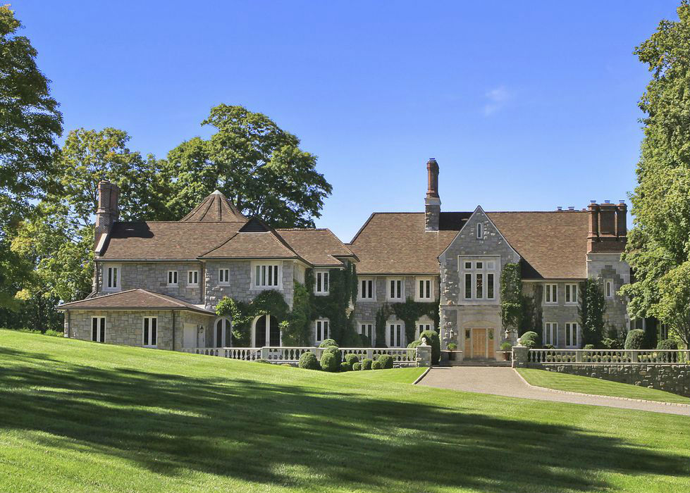 Tom Brady and Gisele Bundchen rumored to buy Greenwich home - The Real Deal