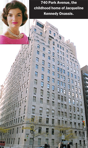Homes of the wealthy pricey buildings 15 cpw for Richest apartments in nyc