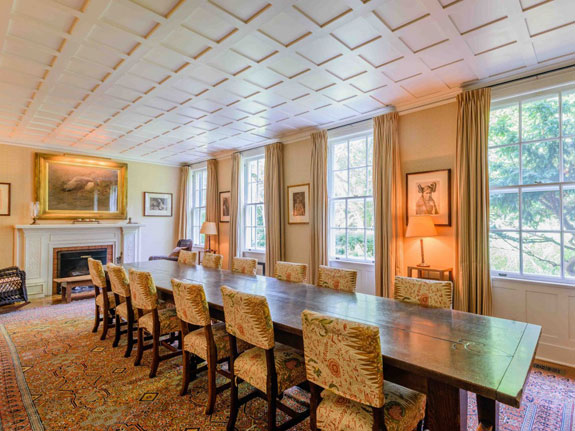 design-details-such-as-tray-ceilings-with-hand-stenciling-add-to-the-hefty-price-tag