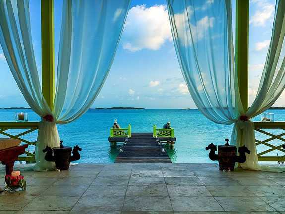 musha-cay-is-the-main-island-one-of-11-owned-by-copperfield-in-total-the-islands-of-copperfield-bay-have-40-private-beaches