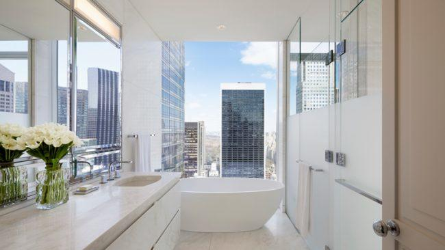 Baccarat-Hotel-&-Residences-BATHROOM