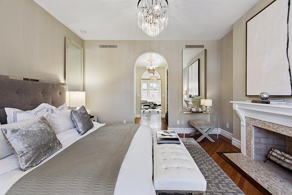 The bedroom at 838 Carroll