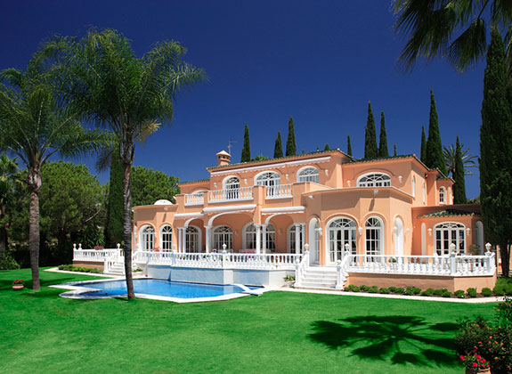 The villa in the hills of El Paraiso