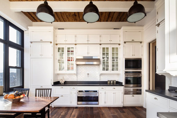 another-shot-of-the-bright-airy-kitchen-with-limestone-countertops