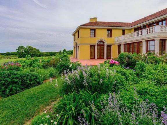 4-this-classic-italianate-villa