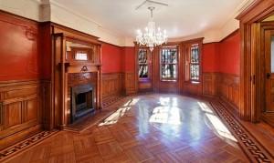Inside 207 Lincoln Road in Prospect Lefferts Garden