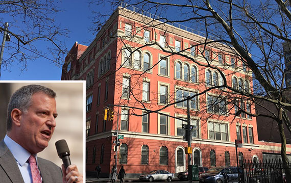 45 Rivington Street (inset: Mayor Bill de Blasio)