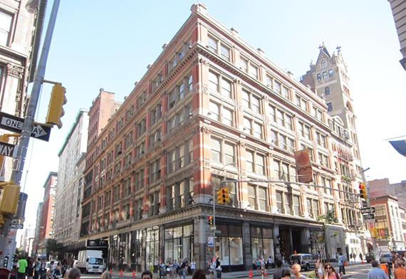 880 Broadway