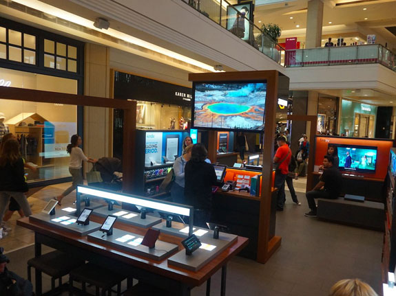 The Amazon pop-up store in San Francisco's Westfield (Mall.Business Insider/Eugene Kim)