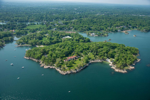 great-island-is-63-acres-of-land-that-juts-out-into-the-long-island-sound-about-an-hours-drive-from-new-york-city-1