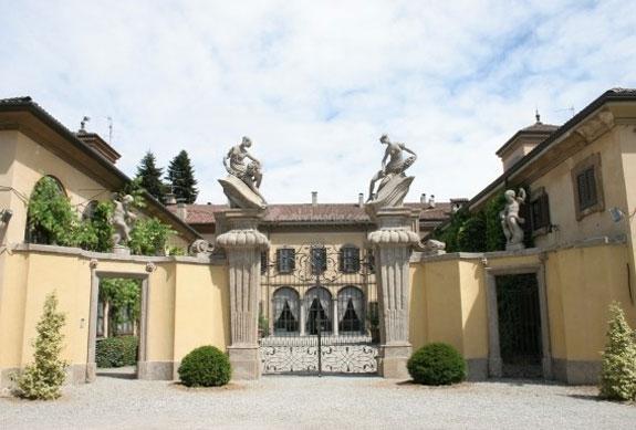 Villa Taverna in Rome