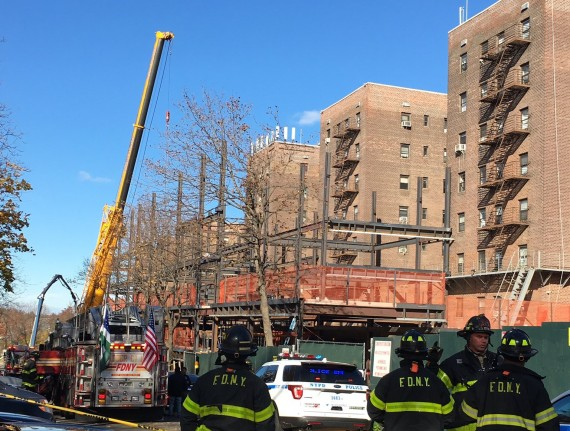 Crane collapse in Kew Gardens, Queens (credit: Twitter, @RaeganMedgie)