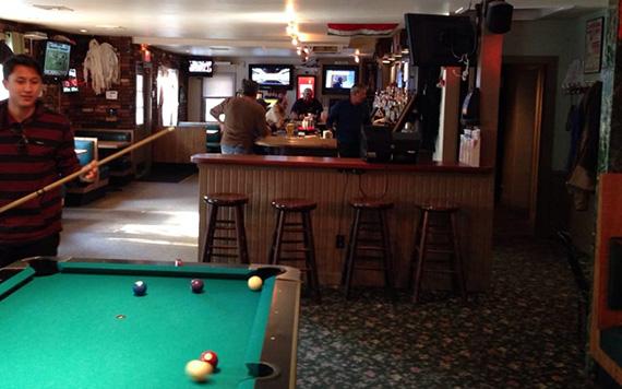 Inside Wolfie's Tavern (Credit: Yelp)