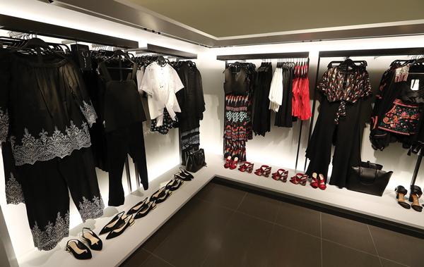 Amancio Ortega Zara Intidex The Real Deal New York