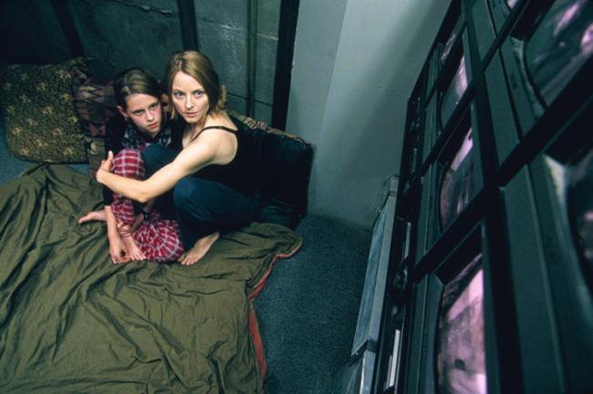 """Jodie Foster and Kristen Stewart in the 2002 thriller """"Panic Room."""""""