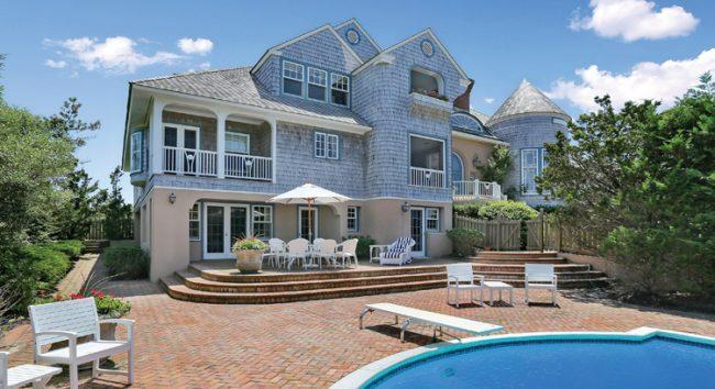 Susan Lucci's oceanfront Quogue estate