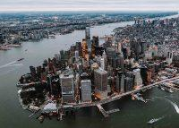 The median sales price in Manhattan rose a record 10.5 percent to $1,215,000