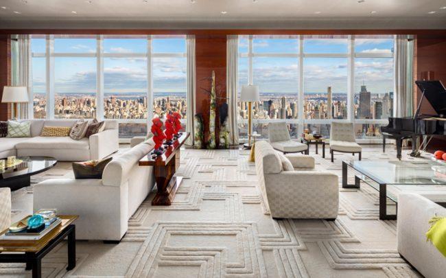 The penthouse at 25 Columbus Circle (Credit: Corcoran)