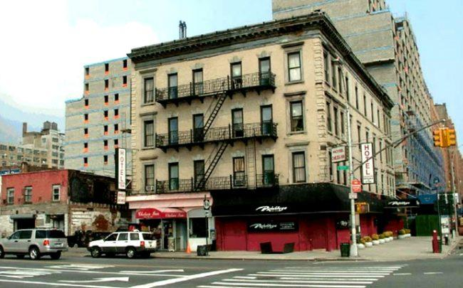 Photo of the Terminal Hotel in the early 2000s. (Credit: NYC Department of City Planning)