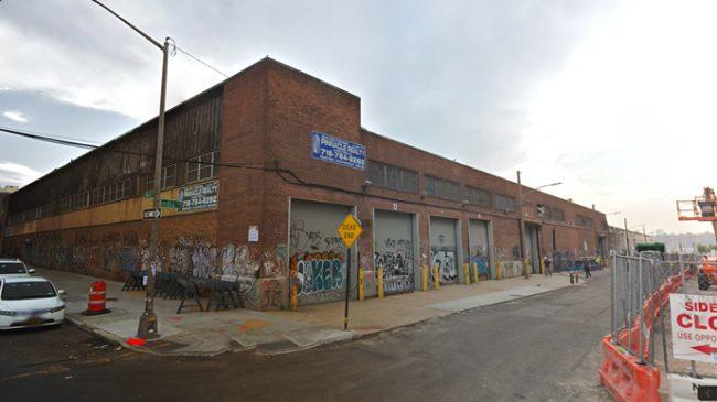 18 India Street in Greenpoint (Credit: Google Maps)