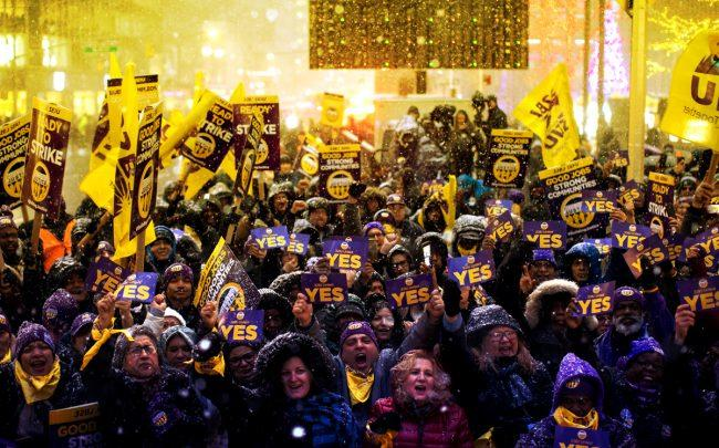 A moment during massive rally in Midtown this week (Credit: SEIU 32BJ)