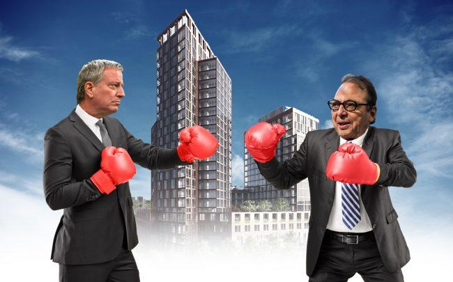 Mayor Bill de Blasi0, a rendering of Halletts Point, and Douglas Durst (Credit: Getty Images, Durst)