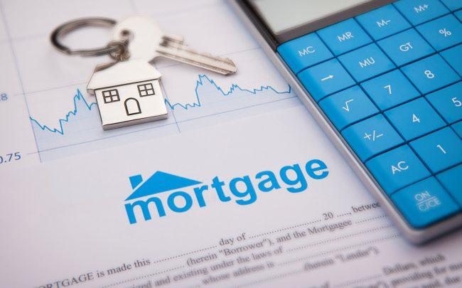 Refinancings spur mortgages to record high