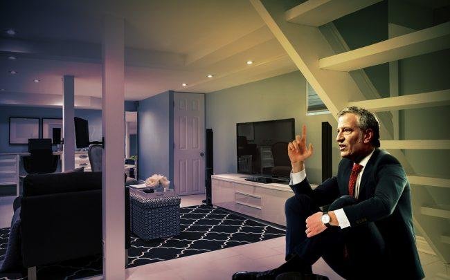 Mayor Bill de Blasio in a basement apartment (Credit: Gage Skidmore via Flickr, iStock; Illustration by The Real Deal)