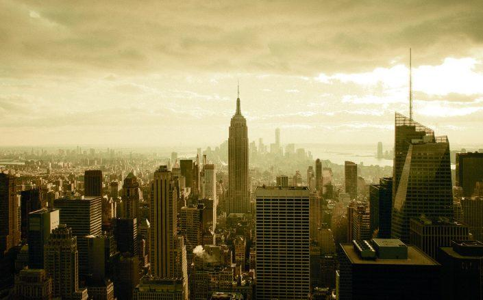 The number of commercial transactions in New York City was down sharply last week but the total dollar amount was up slightly.