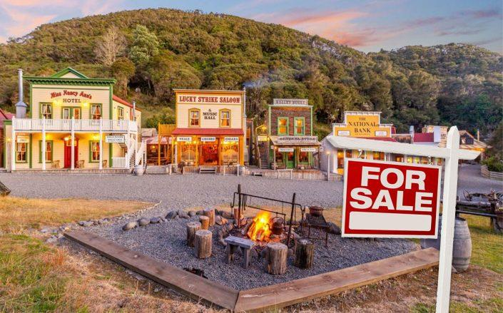 A replica Old West town (Credit: Sotheby's International Realty via Bloomberg)