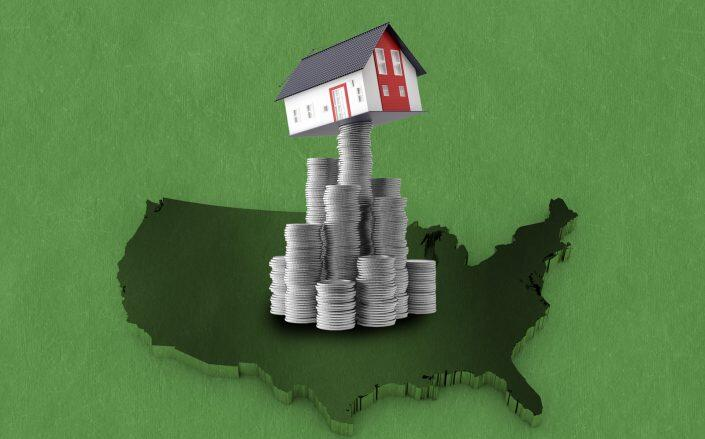 As the economy rebounds, rental prices are following suit. With the eviction ban recently overturned, that spells trouble for tenants who are struggling to make ends meet. (iStock)