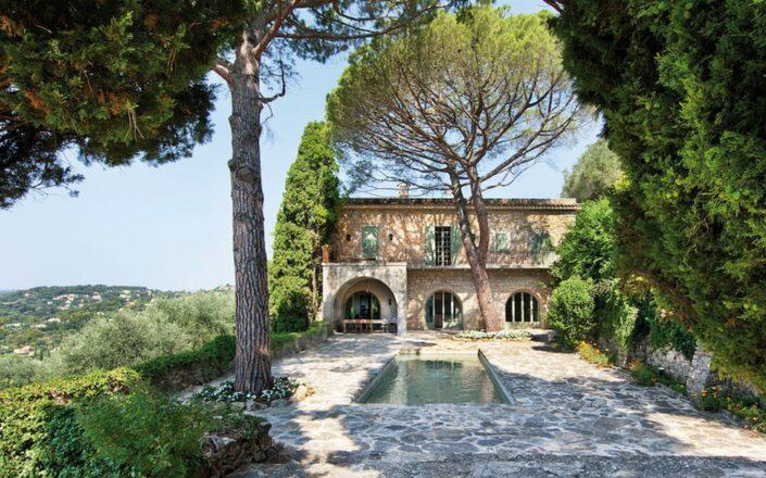 Pablo Picasso's French Riviera Mansion (Photo via RESIDENCE365)